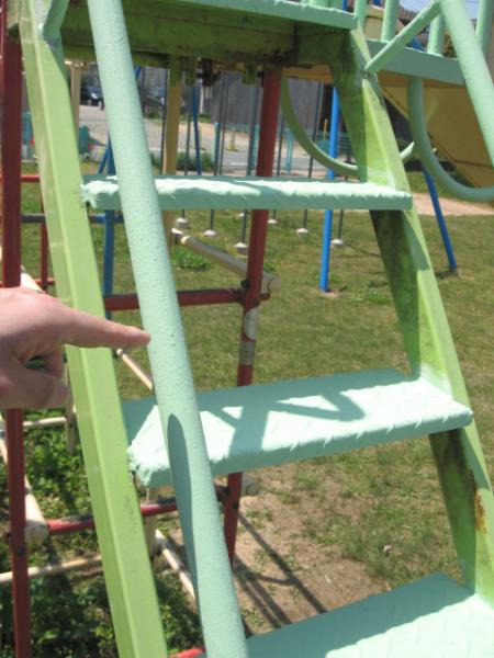 木次幼稚園 ステップ面 塗装後